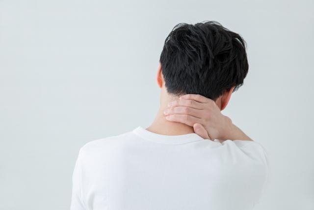 首の痛み・寝違え 戸田スポーツ接骨院